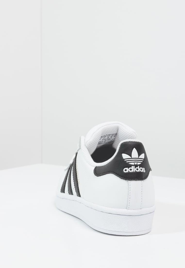 hot sale online 7431b ce206 Trainers adidas Originals Superstar Mujer Blanco Núcleo Negro,adidas negras  y blancas,adidas. Precio regular  115,11 €