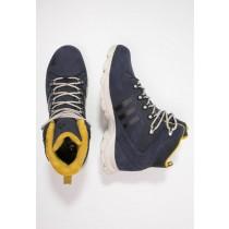 Botas adidas Performance Snowtrail Cp Hombre Midnight Gris/Clear Marrón/Raw Ochre,adidas running boost,bambas adidas gazelle,En línea